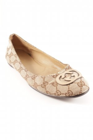 Gucci Slip-on Shoes light brown-cream embroidered lettering classic style