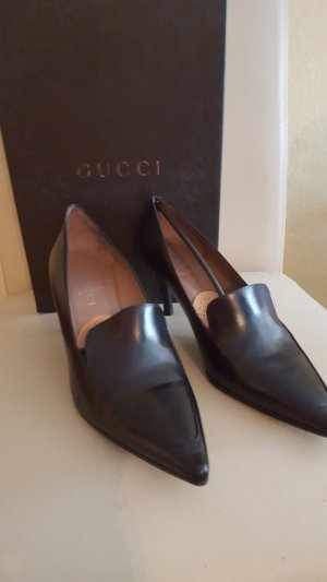 Gucci Pointed Toe Pumps black