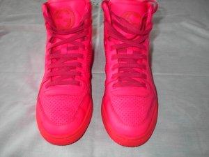 Gucci Sneaker High Neonpink Neupreis 595 EUR