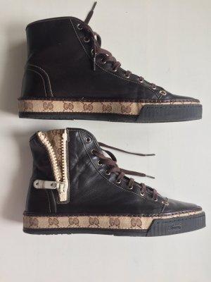 Gucci Zapatilla brogue marrón oscuro