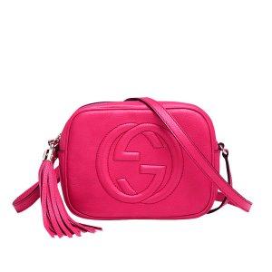 Gucci SOHO Umhängetasche aus Leder, Kleine Tasche in Pink, Leder