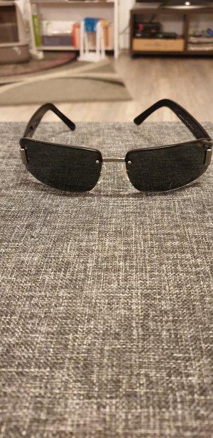 Gucci Hoekige zonnebril zwart-zilver Acetaat