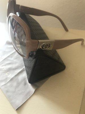 Gucci Sonnenbrille in der Farbe Altrosa Nude