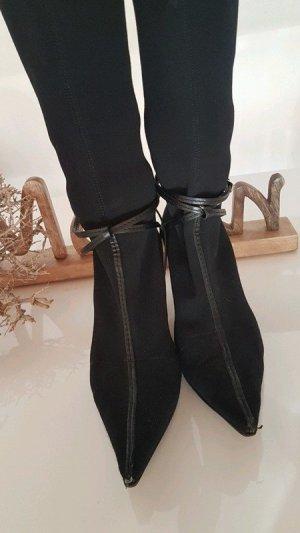 Gucci High Heel Boots black