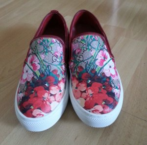 Gucci Supreme GG Canvas Damen Bloom Print Canvas Slip On Sneaker
