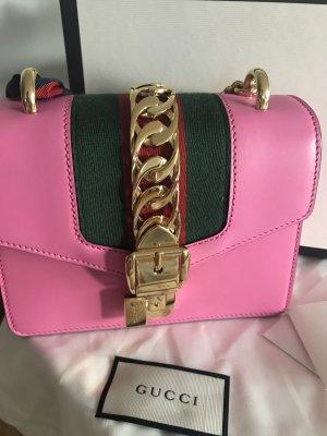 Gucci Tasche Sylvie in pink mit OVP & Rechnung NP: 1590Euro