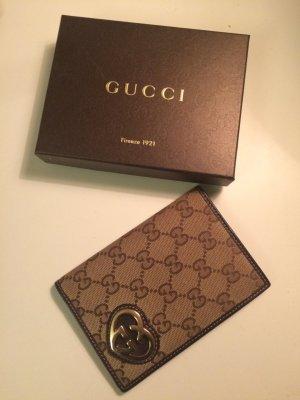 Gucci Travelwallet mit Herz