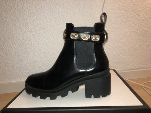 Gucci Chelsea Boots black leather