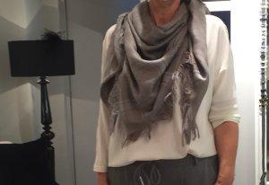Gucci Sjaal grijs-beige