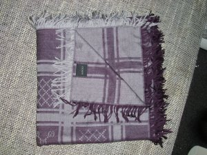 Gucci Pañuelo lila-color plata tejido mezclado