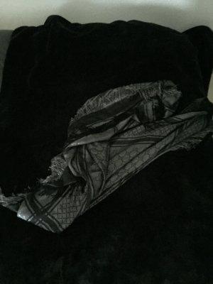 Gucci Tuch selten getragen