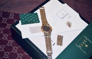 Gucci Analog Watch silver-colored-gold-colored