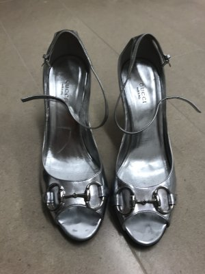 Gucci Peep Toe Pumps silver-colored