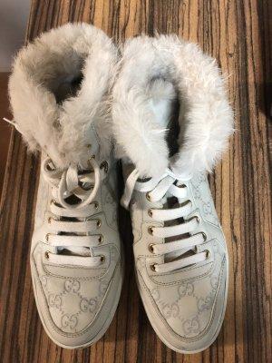 Gucci Botas de nieve crema-beige claro