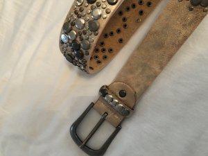 Cintura borchiata rosa pallido-argento