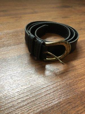 Gürtel schwarz mit goldener Schnalle