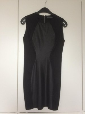 Guess Abendkleid