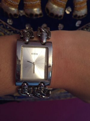Guess Armbanduhr in Silber