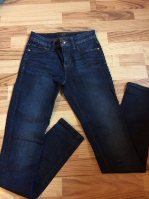 Guess Authentic Skinny Jeans