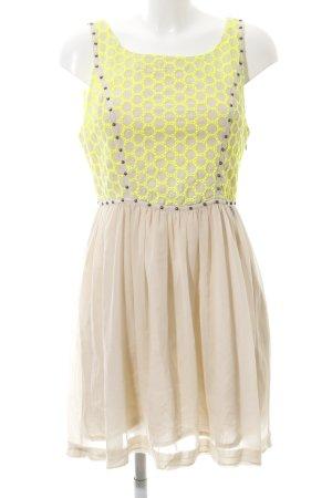 Guess Babydoll Dress cream-primrose casual look