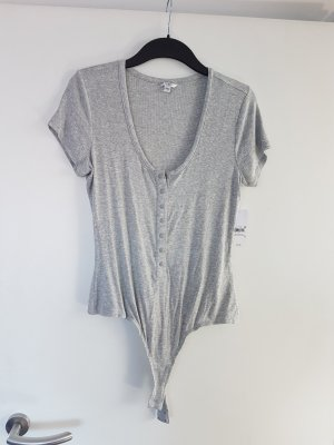 b9ad59bd17a2 Guess Secondhand Online Store | Prelved
