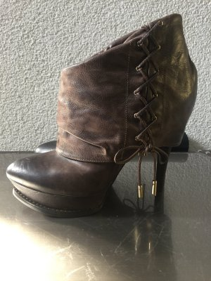 Guess by Marciano Stiefelette Gr. 39
