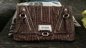 Guess clutch kroko optik np 100 euro