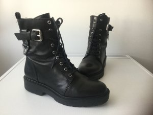 GUESS Damen Leather Ankle Boots Gr.39