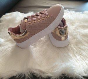 Guess Zapatillas color rosa dorado
