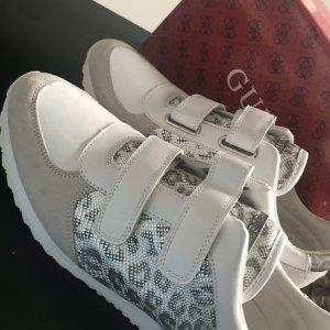 Guess Damen Sneakers Turnschuhe weiß Silber 40 Neu