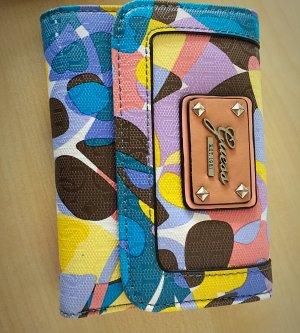 Guess Geldbeutel passend zur Tasche
