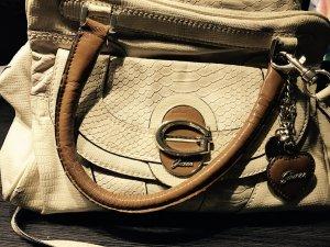 guess Handtasche - mit wundervollen Details
