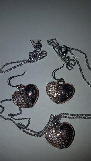 Guess Herz-  Halskette mit Ohrhänger