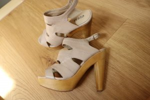 Guess High Heels aus den USA 6.5/37
