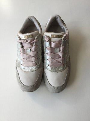 Guess hochwertige Schuhe