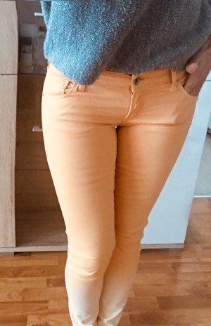 Guess Pantalone a sigaretta arancione chiaro-bianco