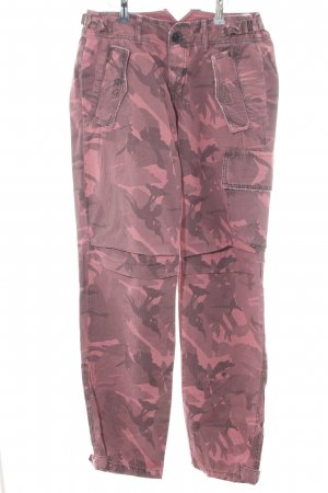 Guess Jeans Cargohose pink Camouflagemuster Street-Fashion-Look