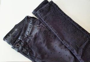 Guess Jeans mit Strasssteinchen Eyecatcher