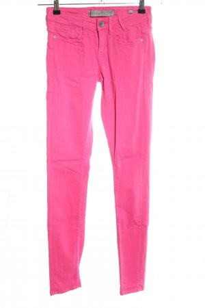 Guess Jeggings pink casual look