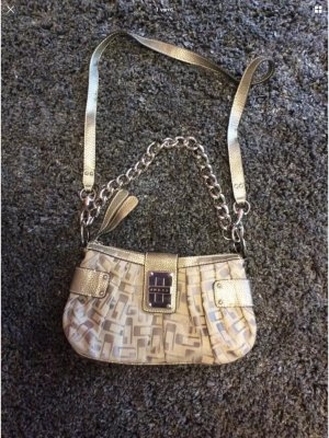 Guess Bolso color oro-color plata