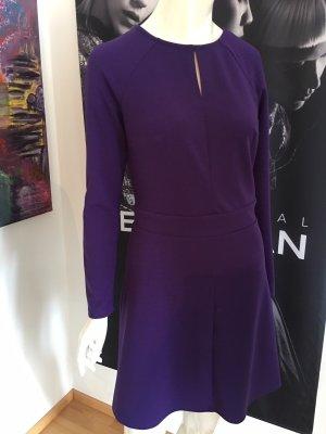 Guess Kleid Deep purple Small wie neu leichte A - Linie koll 2019