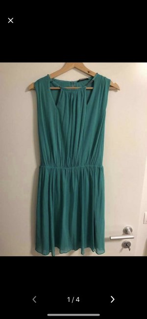 Guess Kleid in Größe 38/M zu verkaufen