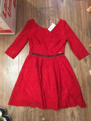 Guess Kleid M 38 rot Spitze Leder schwarz Nieten Silber rücken neu Etikett