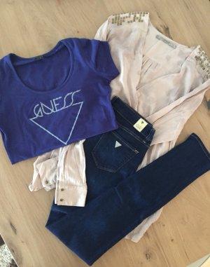 GUESS Kleidungspaket