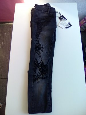 Guess Vaquero skinny negro No hay disponibles datos de materiales
