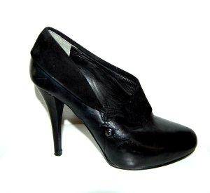 GUESS Leder Stiefeletten Ankle Boot in schwarz Gr.39