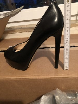 Guess Peep Toe Pumps black