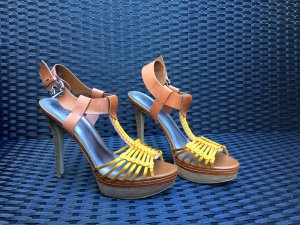 Guess Strapped High-Heeled Sandals cognac-coloured-gold orange synthetic fibre