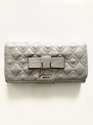 Guess Cartera color plata