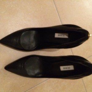 Guess Zapatos negro Cuero